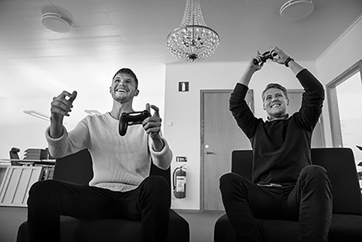 Samuel Holmström, 29 år, Jens Lundqvist, 29 år Lundqvist Trävaru AB, Öjebyn, Piteå, Norrbotten. För Företagaren, Spoon.