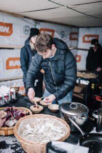 Lundqvist Trävaru bjuder på tidlös lunch - palt