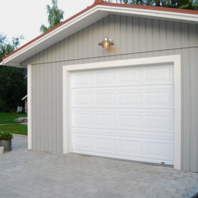 Klassisk garageport