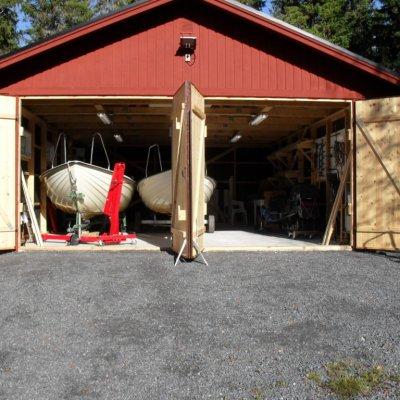 Garage med plats för båten